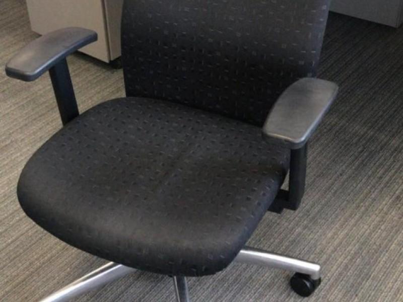 Кресло для персоналаTIO