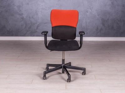 Креслоsteelcase