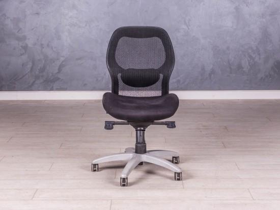 Кресло чёрное без подлокотников