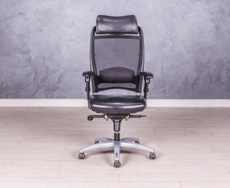 Кресло с подголовником кожа