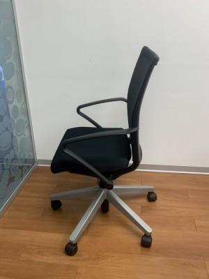Кресло для персонала HAWORTH Comforto