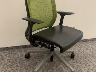 Кресло Steelcase Think