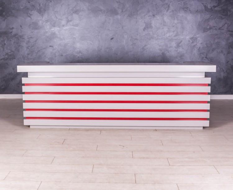 Ресепшн стойка администратора П-образной формы от дизайн студии TEATRO