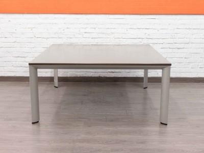 Стол квадратный для переговоров mbl0152066