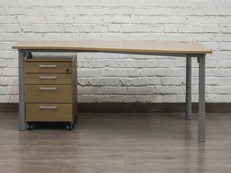 Стол офисный компьютерный с подкатной тумбой