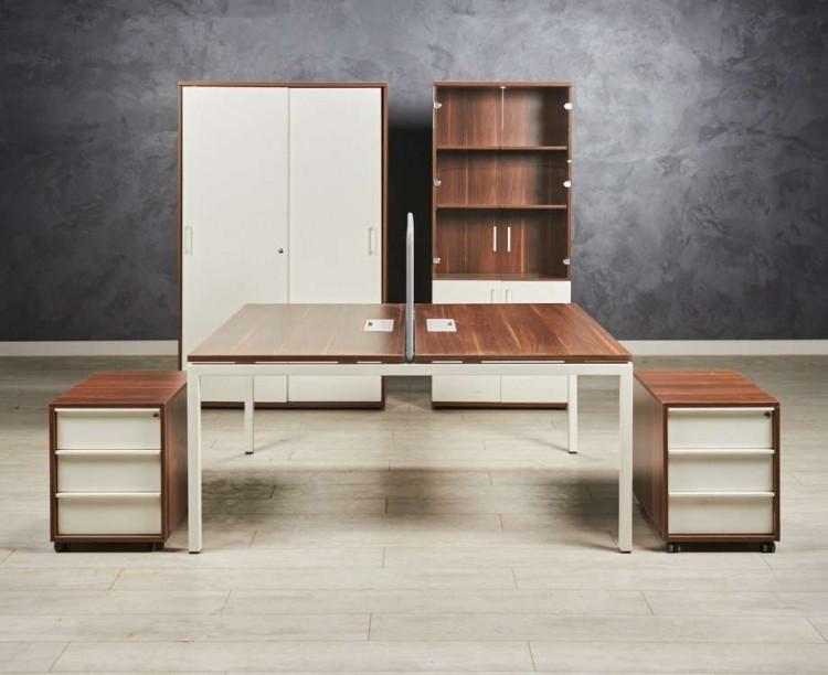 Офисная мебель. Комплект Narbutas & Co