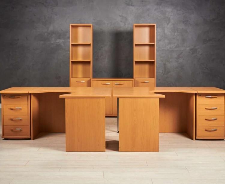Комплект мебели для двоих сотрудников