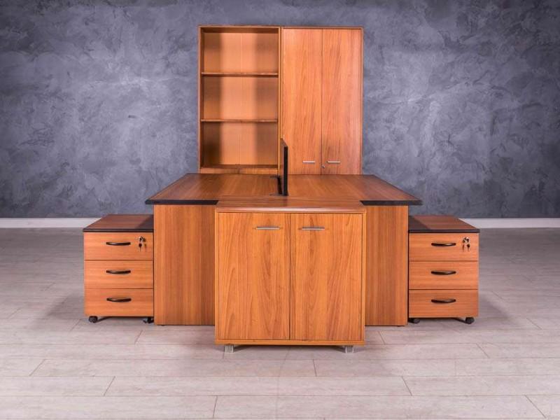 Комплект мебели, цвет орех