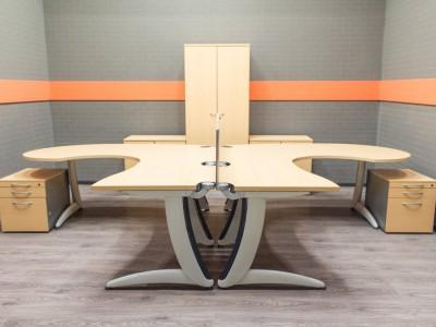 Мебель для офиса Steelcase Комплект для сотрудников, бук