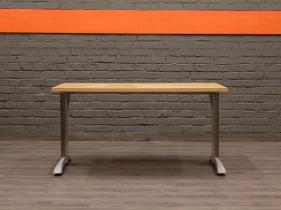 Прямой компьютерный стол, металл