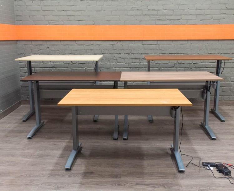 Conset 501-15 Офисный стол с электроприводом, в ассортименте
