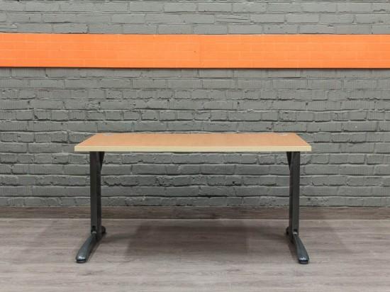 Компьютерный стол в офис, металл