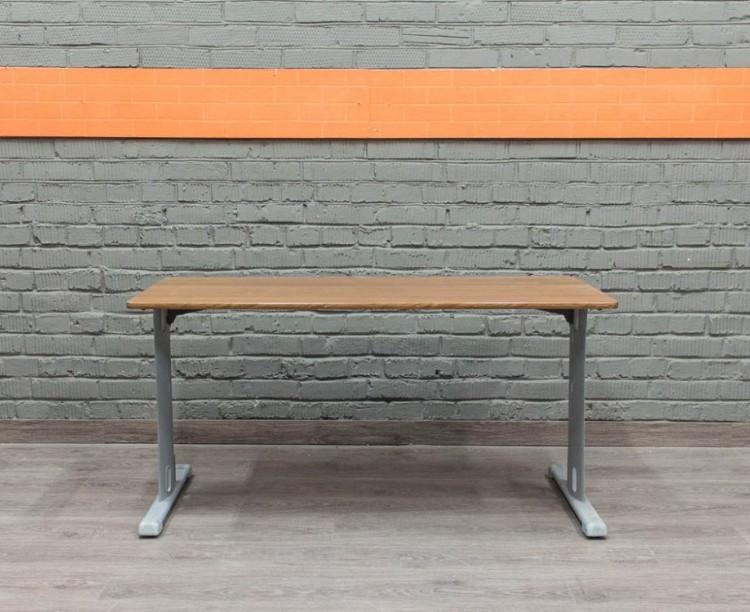 Офисный стол металл и ЛДСП, орех