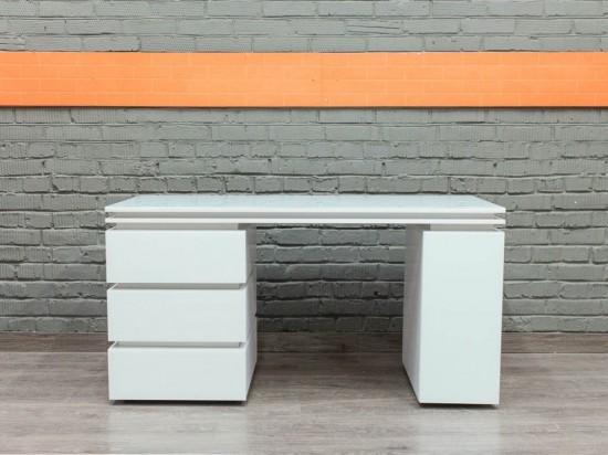 Компьютерный стол со стеклом, белый