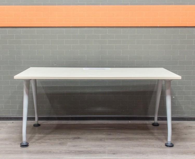 Стол прямой клён, офисная мебель бу