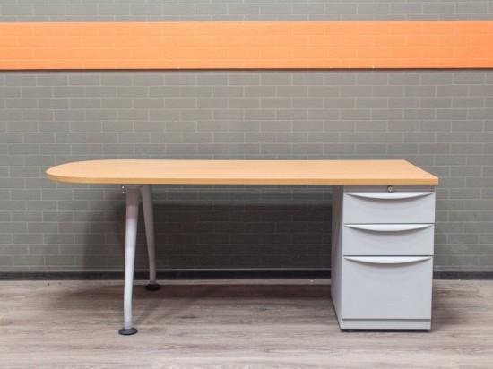 Стол с тумбой вишня, офисная мебель бу