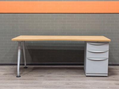 Стол письменный с тумбой, офисная мебель бу