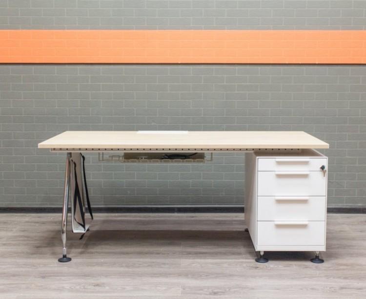 Стол Vitra с розетками, офисная мебель бу