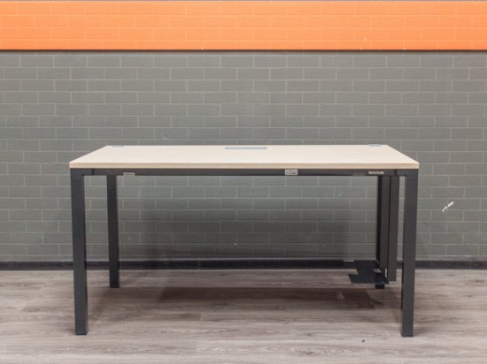 Steelcase стол офисный дуб с подставкой