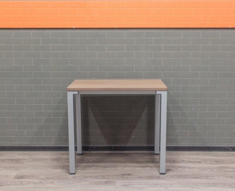 Стол прямой офисный 80х60, ясень и металл