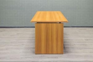 Стол офисный прямой ЛДСП орех