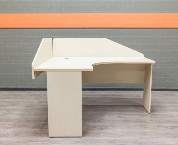 Стол офисный с экранами, офисная мебель бу, клен