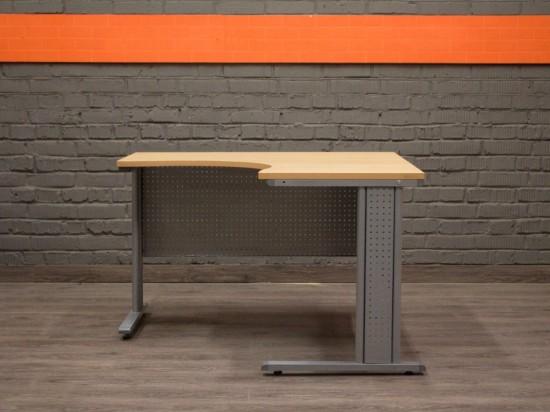 Компьютерный стол угловой, металл