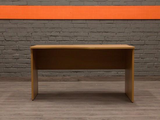 Угловой офисный стол для сотрудника