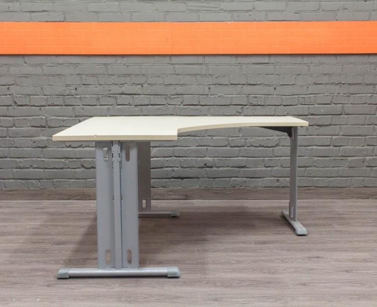 LAS Угловой офисный стол, металл