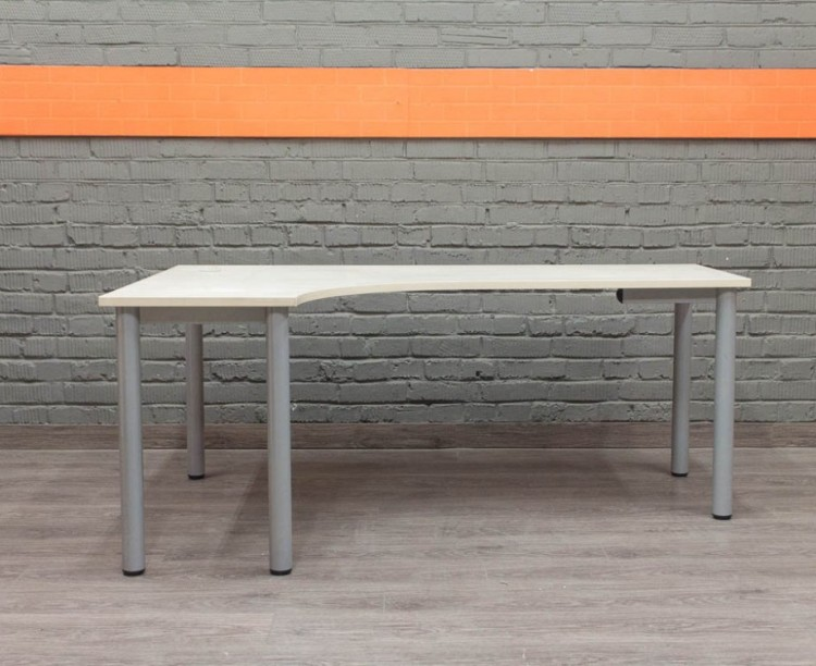 Угловой компьютерный стол, бук
