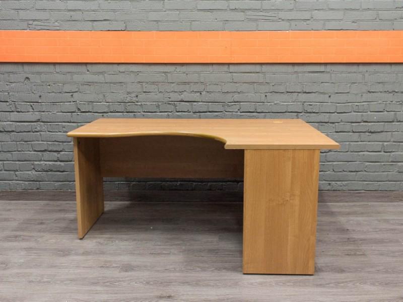 Угловой компьютерный стол Офисная мебель бу ольха