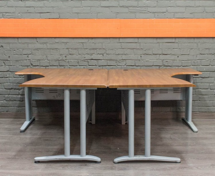 Комплект столов в офис, Феликс
