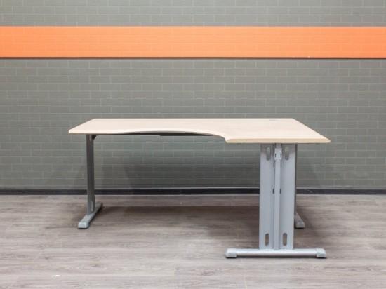 Офисная мебель бу. Стол угловой офисный, МДФ бук