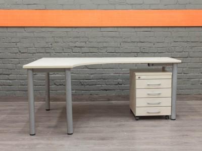 Угловой компьютерный стол с тумбой