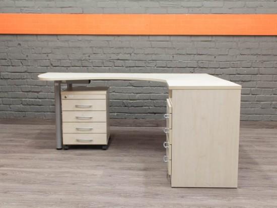 Эргономичный компьютерный стол с тумбами, клен