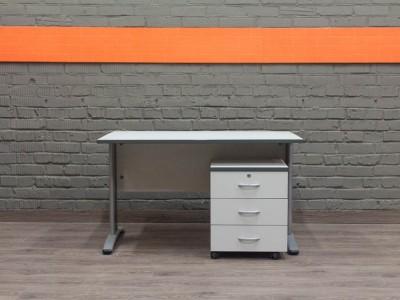 Серый офисный стол, металл