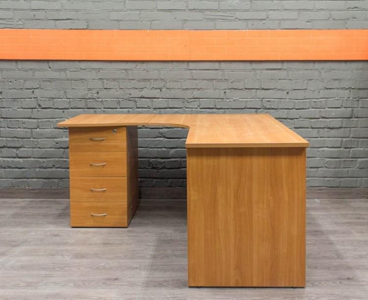 Угловой стол с приставной тумбой, ольха.