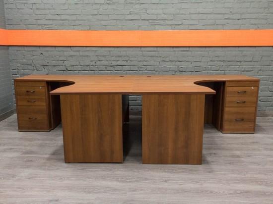 Комплект мебели для двух сотрудников, орех