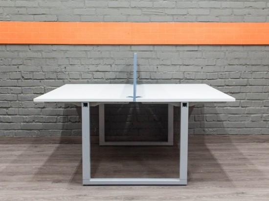 Офисный стол для двух сотрудников, бенч-система