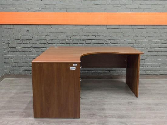 Компьютерный стол с тумбой, яблоня