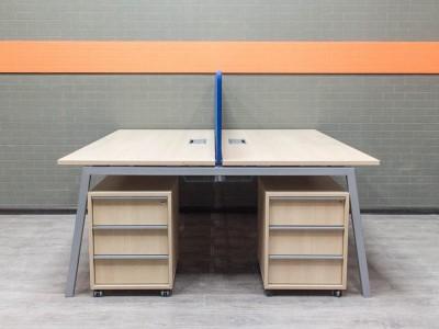 Бенч-система, стол для двух сотрудников, Офисная мебель бу. дуб