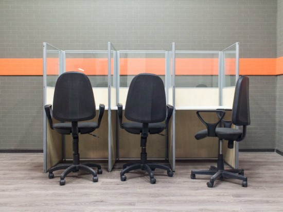 Офисная мебель бу. Комплект офисный для колл-центра