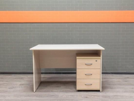 Офисная мебель бу. Стол офисный с тумбой дуб и бук