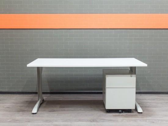 Стол прямой офисный Steelcase, офисная мебель бу