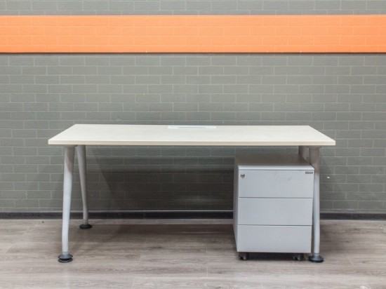 Компьютерный стол с тумбой, офисная мебель бу
