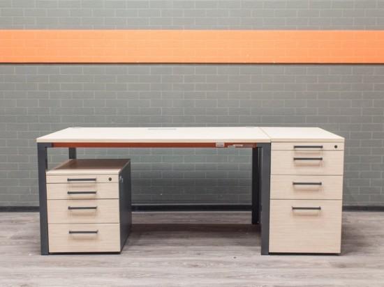 Комплект офисный стол с тумбами Steelcase, дуб