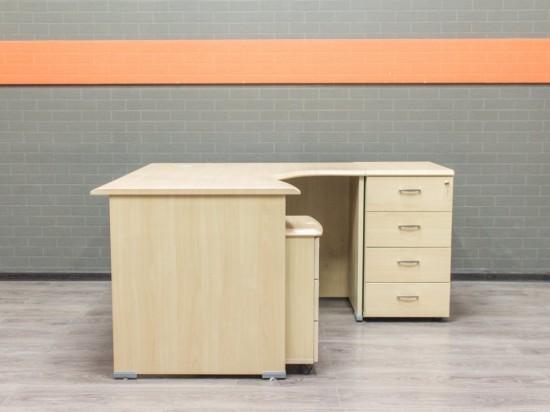 Стол офисный угловой с тумбами, клен, МДФ
