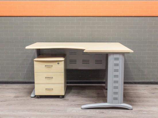 Офисный стол с подкатной тумбой, клен, МДФ и металл