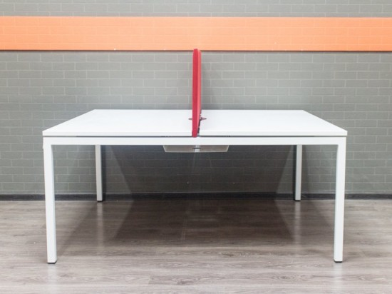 Стол офисный Narbutas белый, бенч-система на 2 сотр