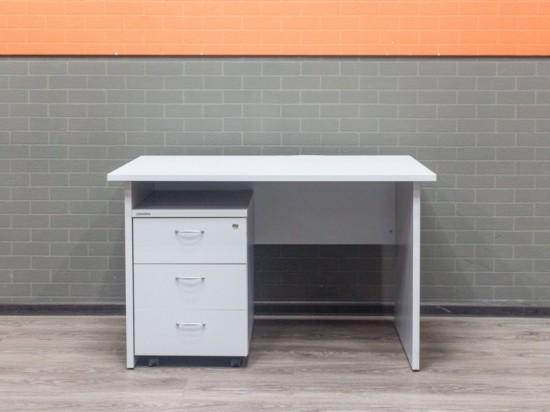 Офисный стол с тумбой, серый, 120х70